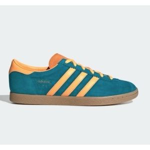 NWT ADIDAS STADT SNEAKERS